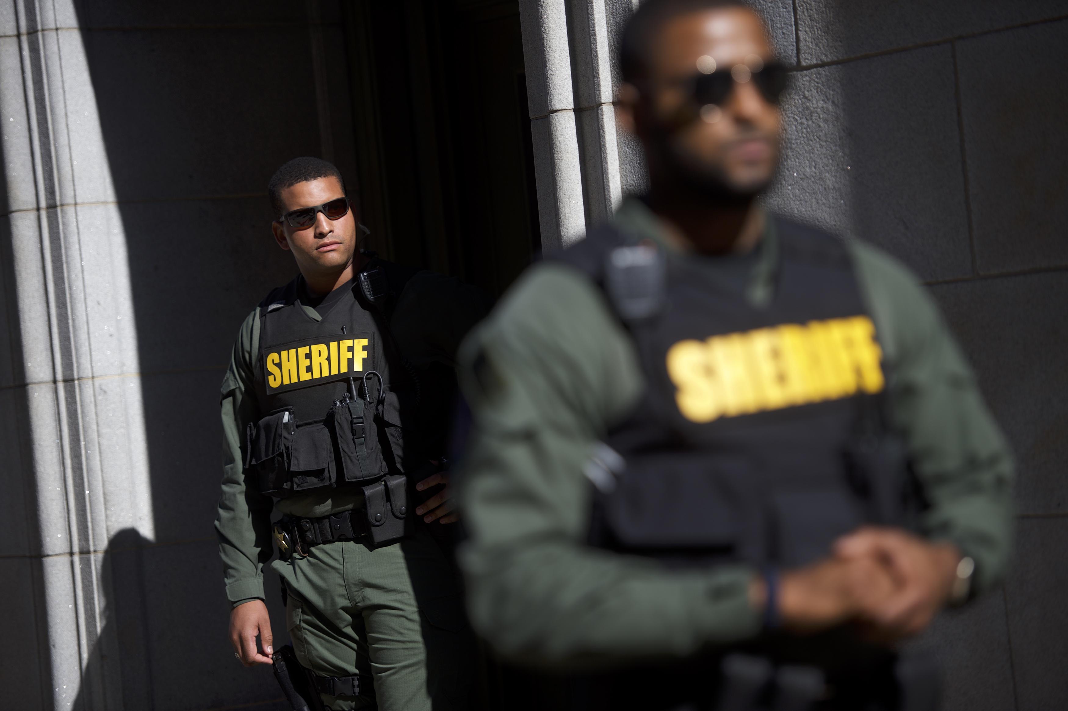Police Van Driver in Freddie Gray Case Goes On Trial