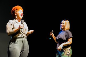 Mary Mary At The Howard Theatre