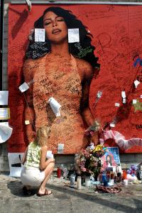 Aaliyah Mourned In Los Angeles
